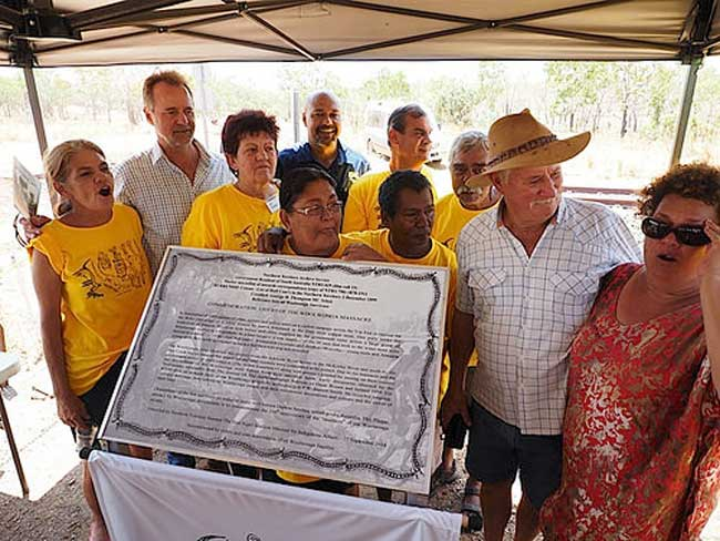 Unveiling Of a Plaque To Commemorate The Woolwonga Tribe Massacre 27/l09/14