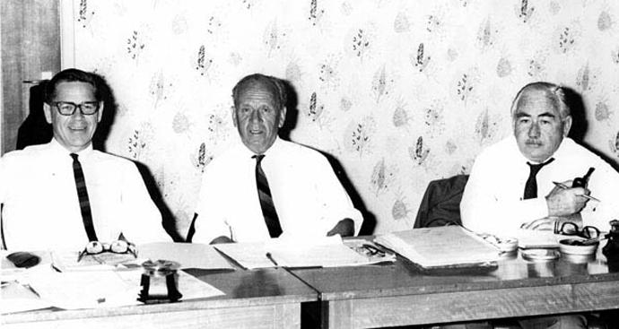 Barrie Dexter, Herbert Cole 'Nugget' Coombs, William Edward Hanley Stanner