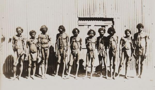 Aboriginal prisoners in chains (State Library of Western Australia 4497B/1)