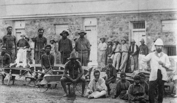 ca. 1890-1900 - Prisoners probably gathered for work detail. Some European men and Chinese men at back. Battye Library, WA